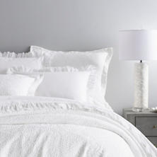 Scramble White Matelassé Coverlet