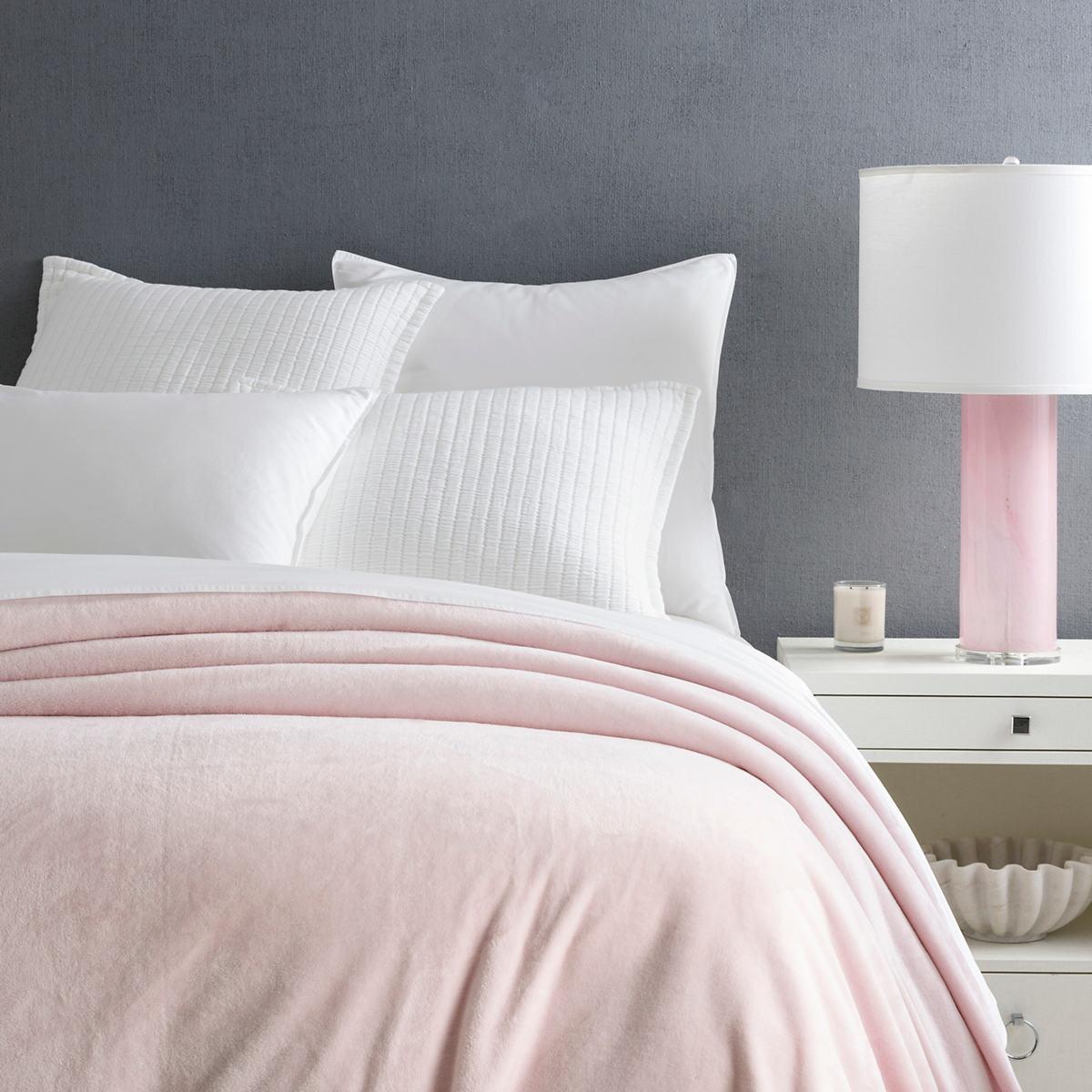 Selke Fleece Slipper Pink Blanket