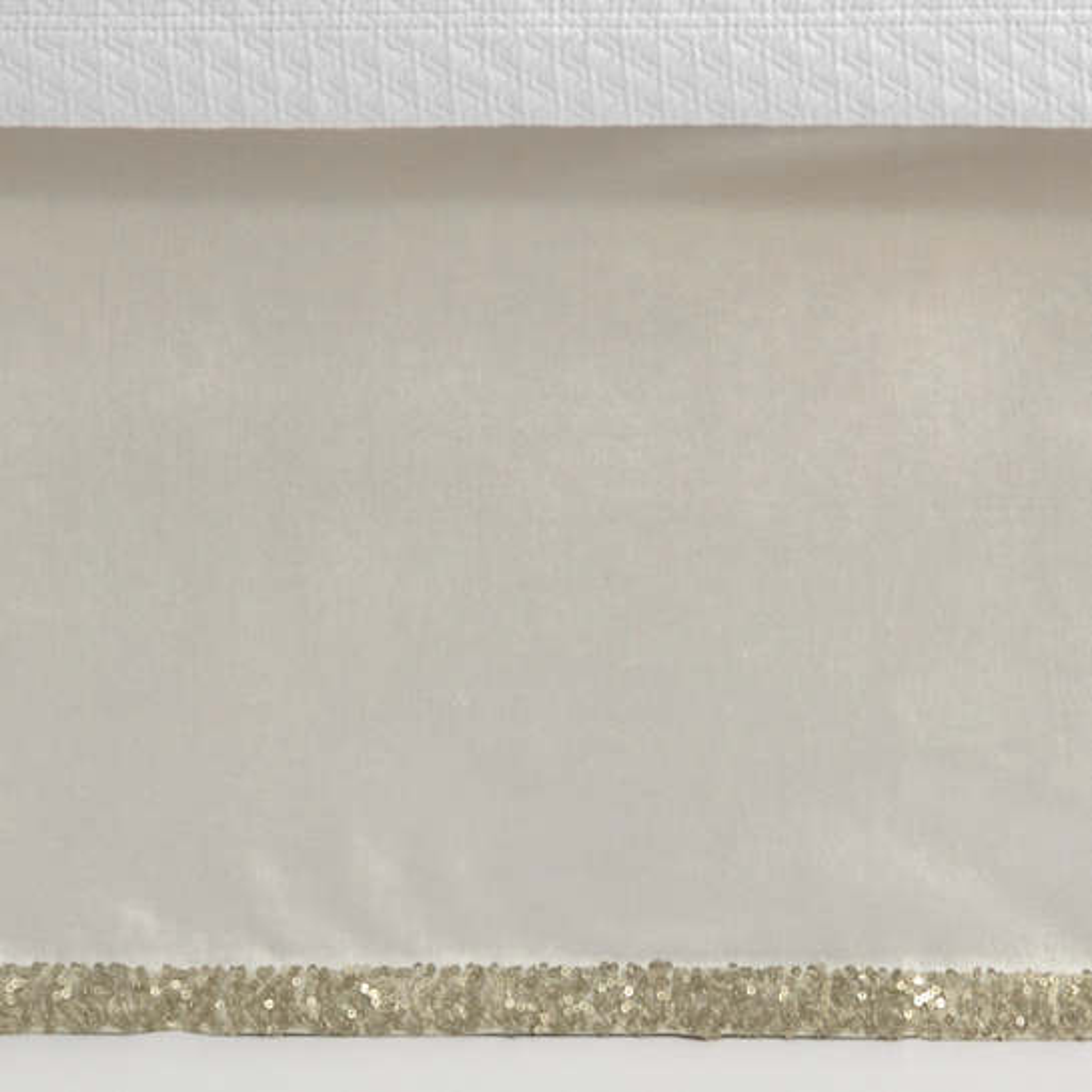 Sequin Tipped Velvet Ivory/Sand Bed Skirt
