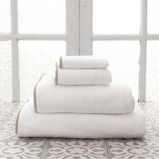 Signature Banded White/Linen Towel
