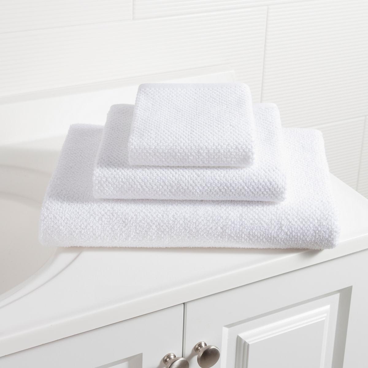 Pin Dot Terry White Towel
