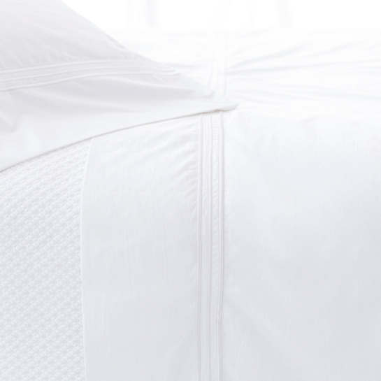 Trio White Flat Sheet